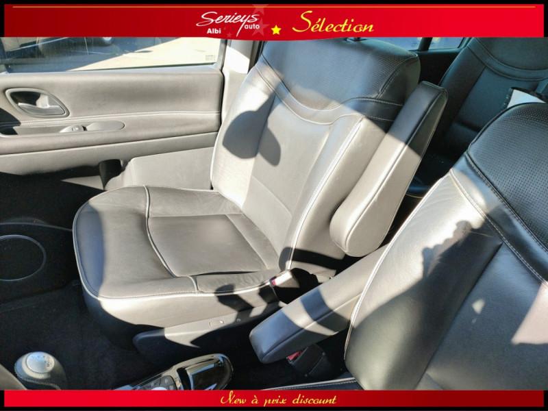 Photo 9 de l'offre de RENAULT ESPACE IV Initiale Paris DCI 175 Cuir+TO à 8980€ chez Garage Serieys Auto