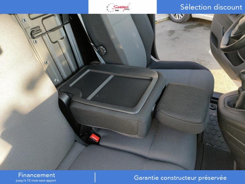 Photo 3 de l'offre de PEUGEOT PARTNER PRO BLUEHDI 100 STD 650 KG 3 PL à 20180€ chez Garage Serieys Auto