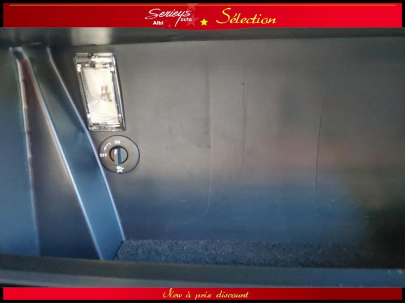 Photo 26 de l'offre de RENAULT ESPACE IV Initiale Paris DCI 175 Cuir+TO à 8980€ chez Garage Serieys Auto