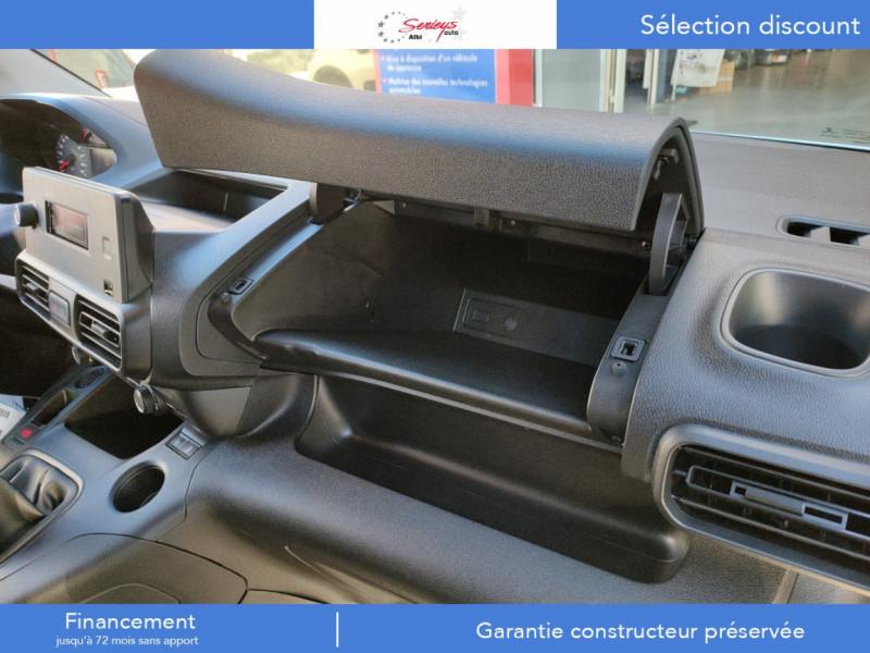 Photo 21 de l'offre de PEUGEOT PARTNER PRO BLUEHDI 100 STD 650 KG 3 PL à 20180€ chez Garage Serieys Auto