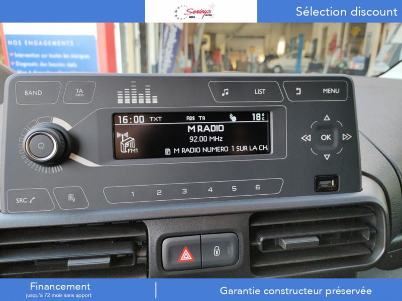 Photo 2 de l'offre de PEUGEOT PARTNER PRO BLUEHDI 100 2PL 600 KG STD à 19480€ chez Garage Serieys Auto