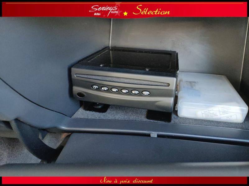 Photo 28 de l'offre de RENAULT ESPACE IV Initiale Paris DCI 175 Cuir+TO à 8980€ chez Garage Serieys Auto