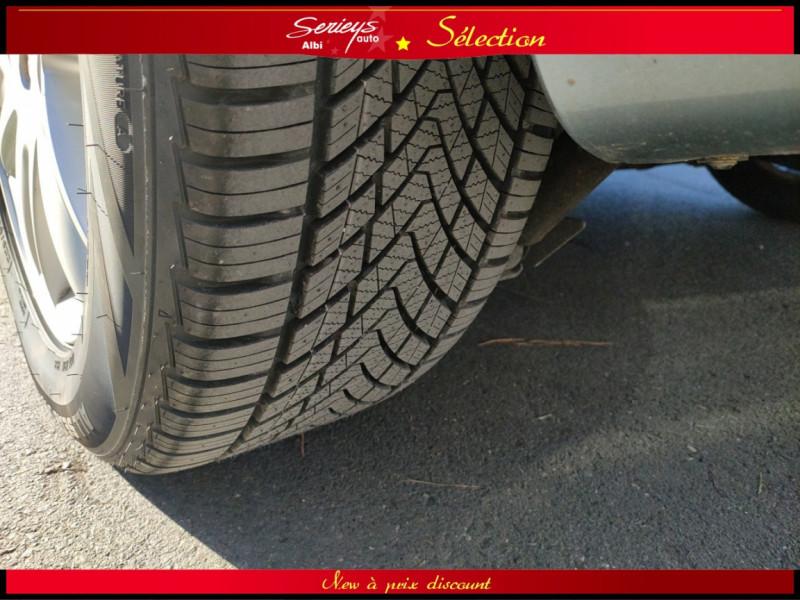 Photo 12 de l'offre de RENAULT ESPACE IV Initiale Paris DCI 175 Cuir+TO à 8980€ chez Garage Serieys Auto