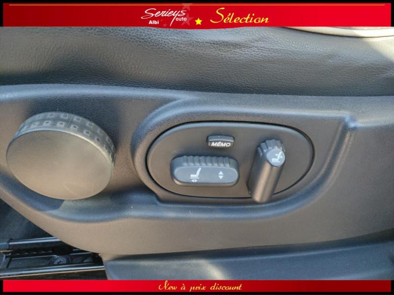 Photo 10 de l'offre de RENAULT ESPACE IV Initiale Paris DCI 175 Cuir+TO à 8980€ chez Garage Serieys Auto