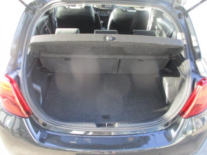 Photo 5 de l'offre de TOYOTA YARIS HSD 100H DESIGN 5P à 10990€ chez AUTOMOBILES DE A A Z DOMALAIN