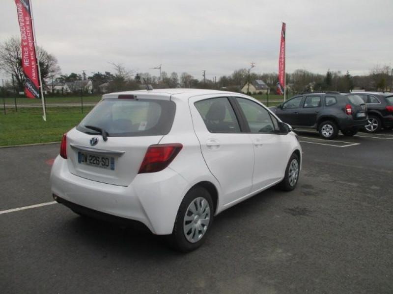 Photo 4 de l'offre de TOYOTA YARIS HSD 100H BUSINESS 5P à 10990€ chez AUTOMOBILES DE A A Z DOMALAIN