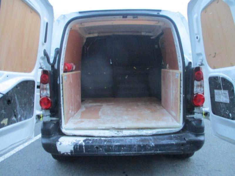 Photo 8 de l'offre de CITROEN BERLINGO 20 L1 E-HDI 90 BUSINESS à 9990€ chez AUTOMOBILES DE A A Z DOMALAIN