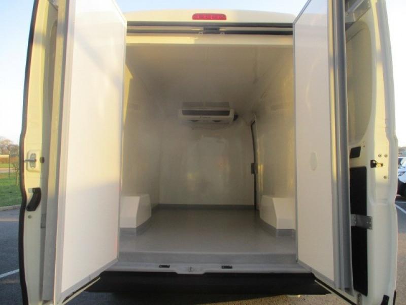 Photo 8 de l'offre de CITROEN JUMPER FG 33 L2H2 2.0 BLUEHDI 160 CLUB FRIGO à 41990€ chez AUTOMOBILES DE A A Z DOMALAIN