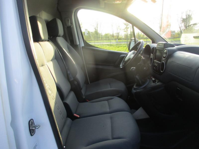 Photo 5 de l'offre de CITROEN BERLINGO XL 1.6 BLUEHDI 100 S&S BUSINESS à 10990€ chez AUTOMOBILES DE A A Z DOMALAIN