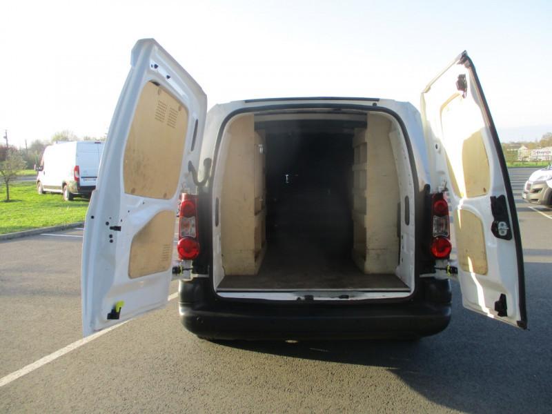 Photo 8 de l'offre de CITROEN BERLINGO XL 1.6 BLUEHDI 100 S&S BUSINESS à 10990€ chez AUTOMOBILES DE A A Z DOMALAIN