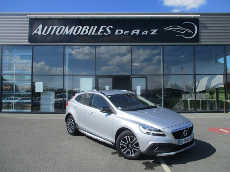 Volvo V40 CROSS COUNTRY D2 120CH BUSINESS GEARTRONIC Diesel GRIS C Occasion à vendre