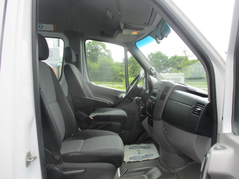 Photo 7 de l'offre de MERCEDES SPRINTER TRANSFER 516 CDI 24 PLACES MINI CAR à 29990€ chez AUTOMOBILES DE A A Z DOMALAIN