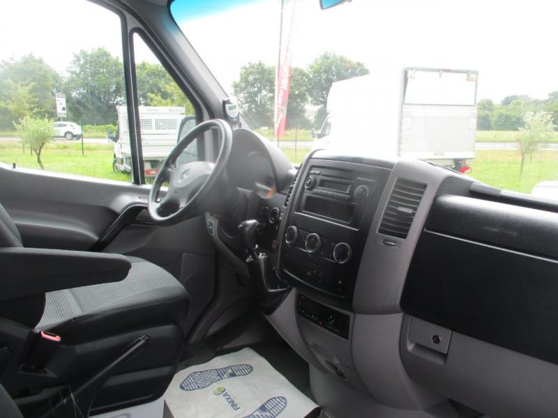 Photo 6 de l'offre de MERCEDES SPRINTER TRANSFER 516 CDI 24 PLACES MINI CAR à 29990€ chez AUTOMOBILES DE A A Z DOMALAIN