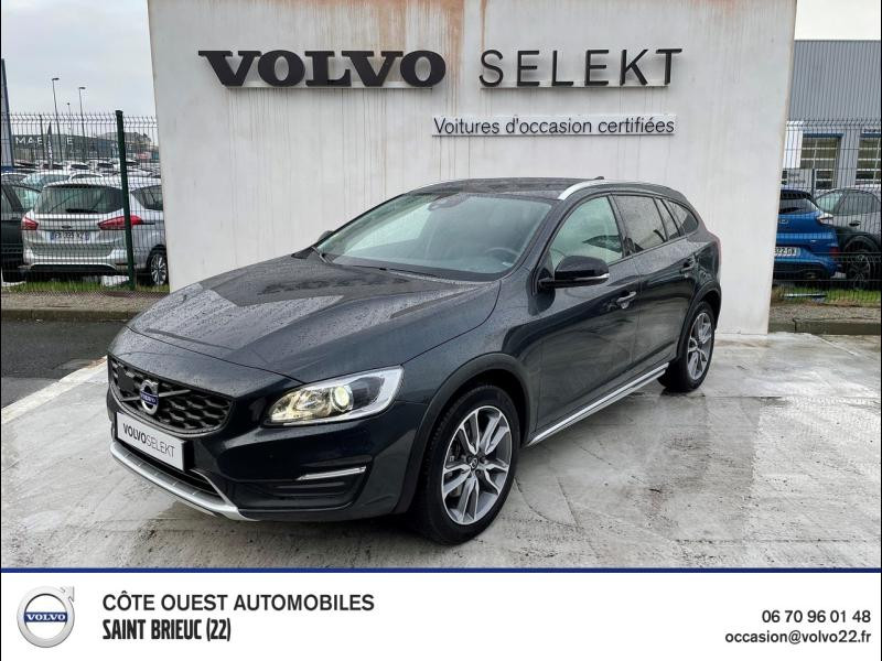 Volvo V60 Cross Country D3 150ch Pro Geartronic Diesel Gris Savile Occasion à vendre
