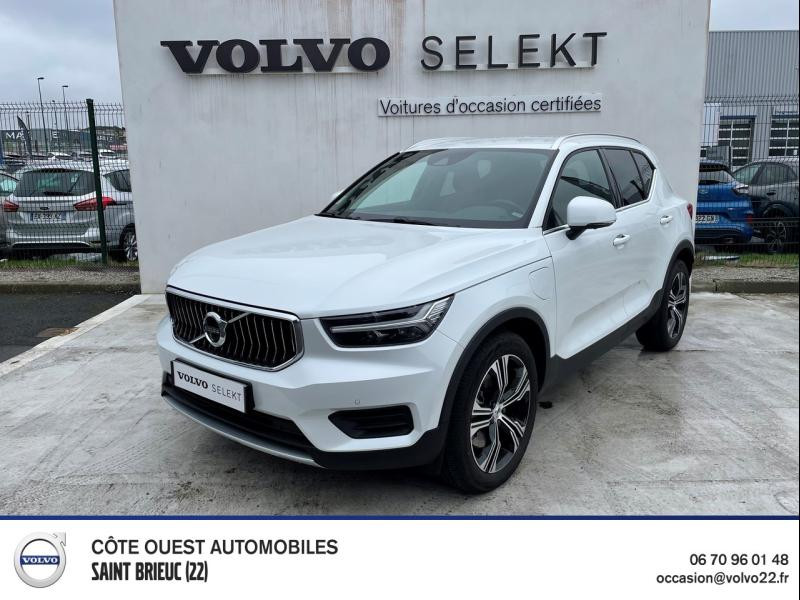 Photo 1 de l'offre de VOLVO XC40 T5 Twin Engine 180 + 82ch Inscription DCT 7 à 44990€ chez Côte Ouest Automobiles