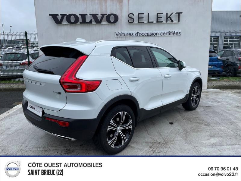 Photo 2 de l'offre de VOLVO XC40 T5 Twin Engine 180 + 82ch Inscription DCT 7 à 44990€ chez Côte Ouest Automobiles