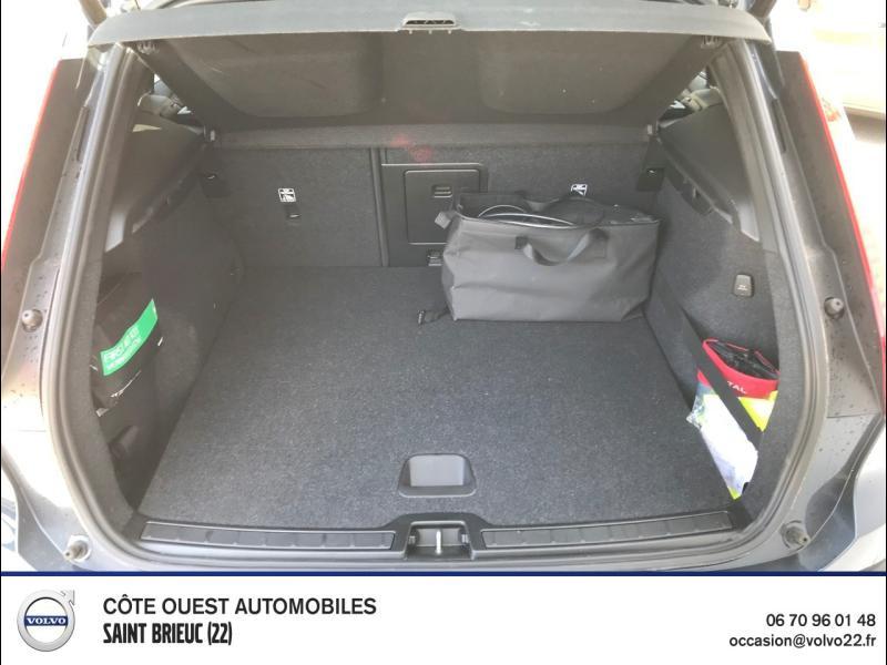Photo 12 de l'offre de VOLVO XC40 T5 Recharge 180 + 82ch Business DCT 7 à 46900€ chez Côte Ouest Automobiles