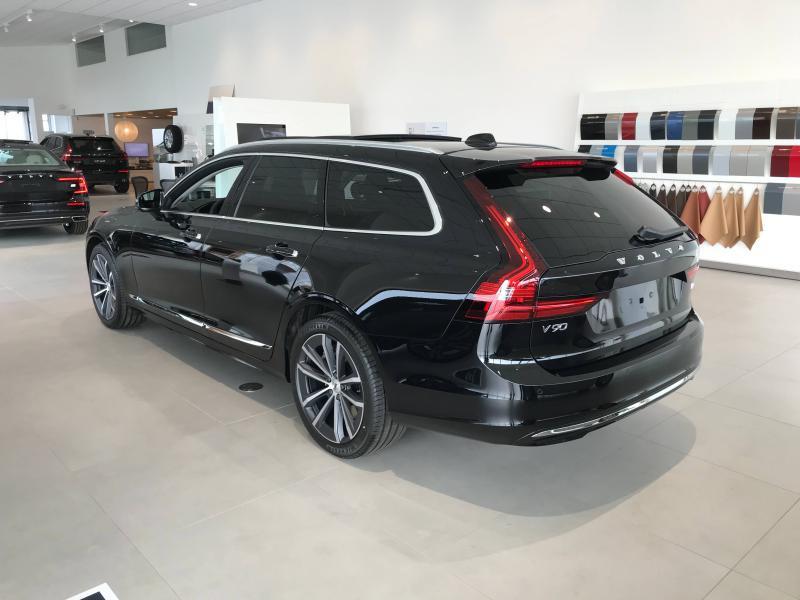 Photo 2 de l'offre de VOLVO V90 B4 Adblue 197ch Inscription Luxe Geartronic à 63900€ chez Côte Ouest Automobiles