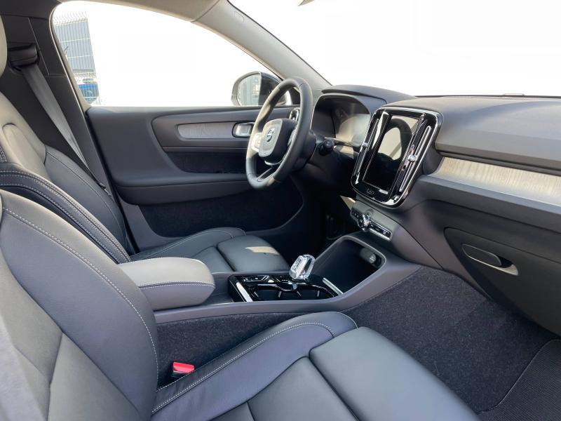 Photo 4 de l'offre de VOLVO XC40 T5 Recharge 180 + 82ch Inscription DCT 7 à 49900€ chez Côte Ouest Automobiles