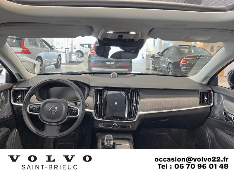 Photo 3 de l'offre de VOLVO V90 B4 Adblue 197ch Inscription Luxe Geartronic à 61900€ chez Côte Ouest Automobiles