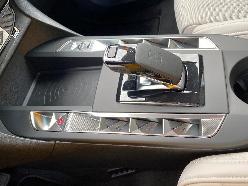 Photo 18 de l'offre de DS DS 3 Crossback E-Tense Grand Chic 4cv à 41490€ chez Citroen Saint-Brieuc Savra