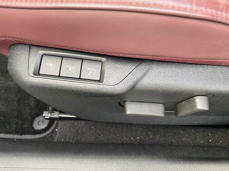 Photo 10 de l'offre de DS DS 3 Crossback PureTech 130ch La Première Automatique à 28990€ chez Citroen Saint-Brieuc Savra