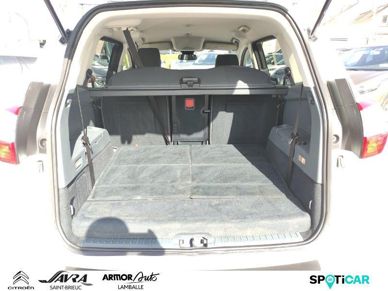 Photo 6 de l'offre de FORD Grand C-MAX 1.6 TDCi 115ch FAP Stop&Start Business Nav à 12990€ chez Citroen Saint-Brieuc Savra
