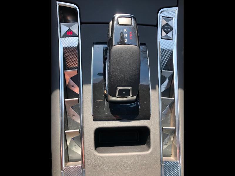 Photo 17 de l'offre de DS DS 7 Crossback BlueHDi 180ch Grand Chic Automatique à 46990€ chez Citroen Saint-Brieuc Savra