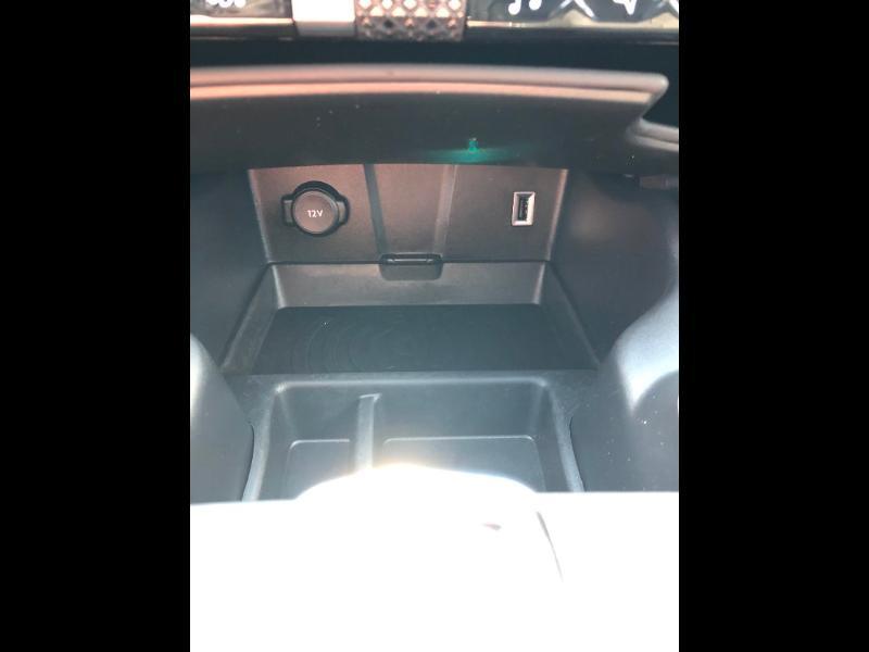 Photo 20 de l'offre de DS DS 7 Crossback BlueHDi 180ch Grand Chic Automatique à 46990€ chez Citroen Saint-Brieuc Savra