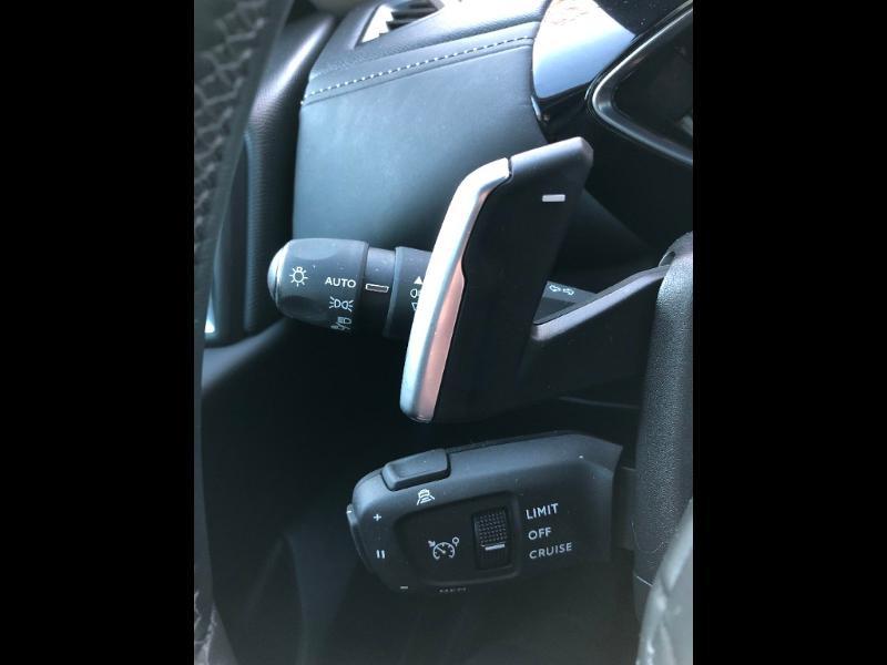 Photo 33 de l'offre de DS DS 3 Crossback PureTech 155ch Grand Chic Automatique 114g à 28490€ chez Citroen Saint-Brieuc Savra
