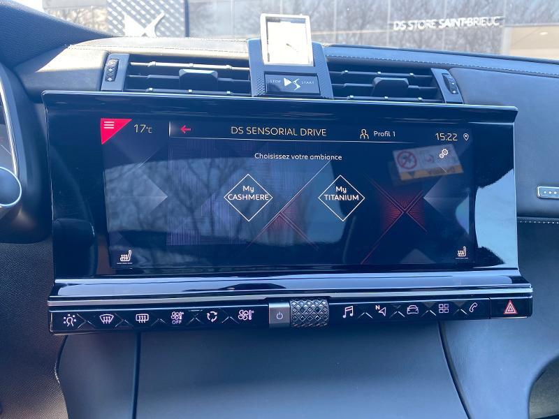 Photo 13 de l'offre de DS DS 7 Crossback BlueHDi 180ch Grand Chic Automatique 128g à 35990€ chez Citroen Saint-Brieuc Savra