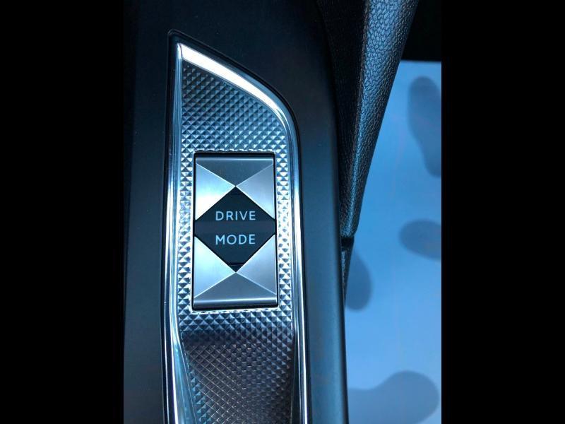Photo 24 de l'offre de DS DS 3 Crossback PureTech 155ch Grand Chic Automatique 114g à 28490€ chez Citroen Saint-Brieuc Savra