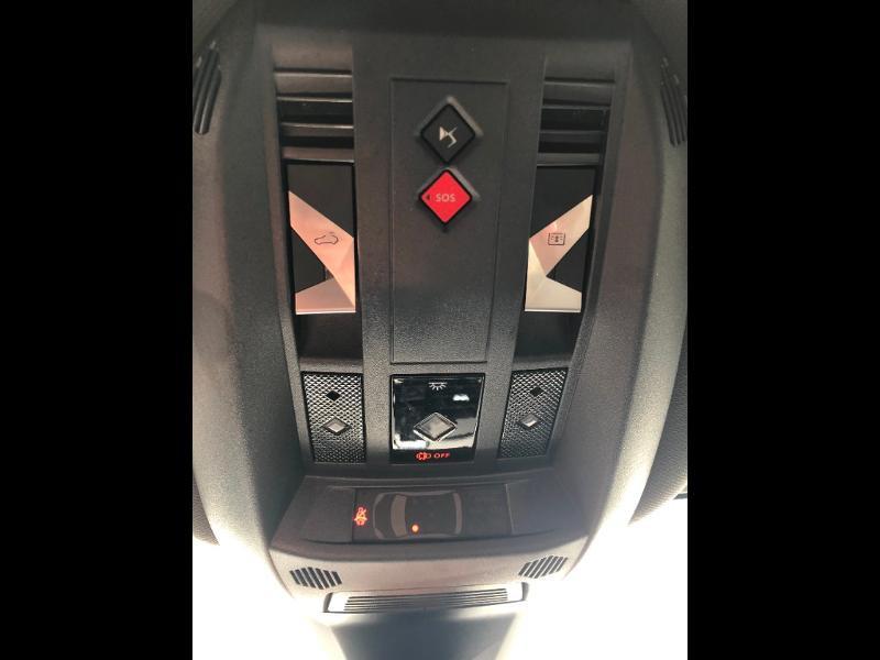 Photo 21 de l'offre de DS DS 7 Crossback BlueHDi 180ch Grand Chic Automatique à 46990€ chez Citroen Saint-Brieuc Savra