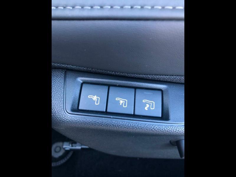 Photo 8 de l'offre de DS DS 3 Crossback BlueHDi 130ch Grand Chic Automatique 98g à 32990€ chez Citroen Saint-Brieuc Savra