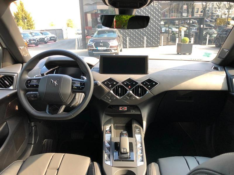 Photo 28 de l'offre de DS DS 3 Crossback PureTech 155ch Grand Chic Automatique 114g à 38990€ chez Citroen Saint-Brieuc Savra