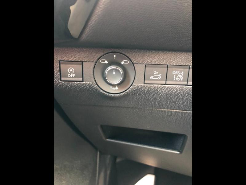Photo 21 de l'offre de DS DS 7 Crossback PureTech 225ch Performance Line + Automatique à 35790€ chez Citroën SAVRA