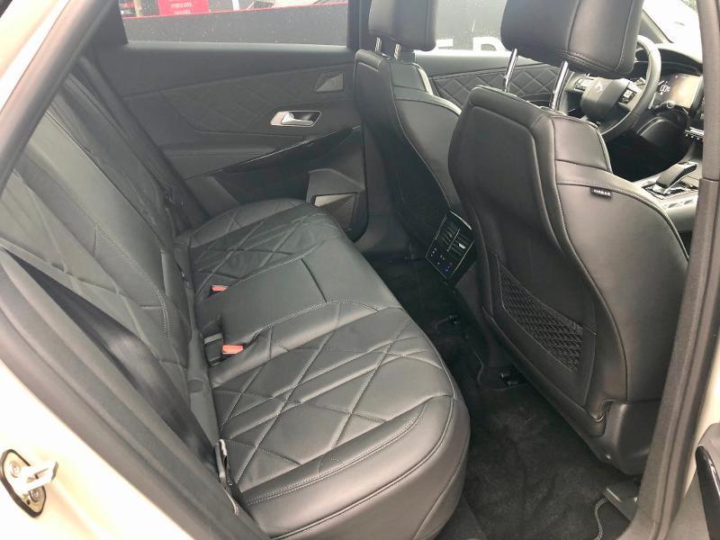 Photo 33 de l'offre de DS DS 7 Crossback E-TENSE 4x4 300ch Grand Chic à 63690€ chez Citroën SAVRA