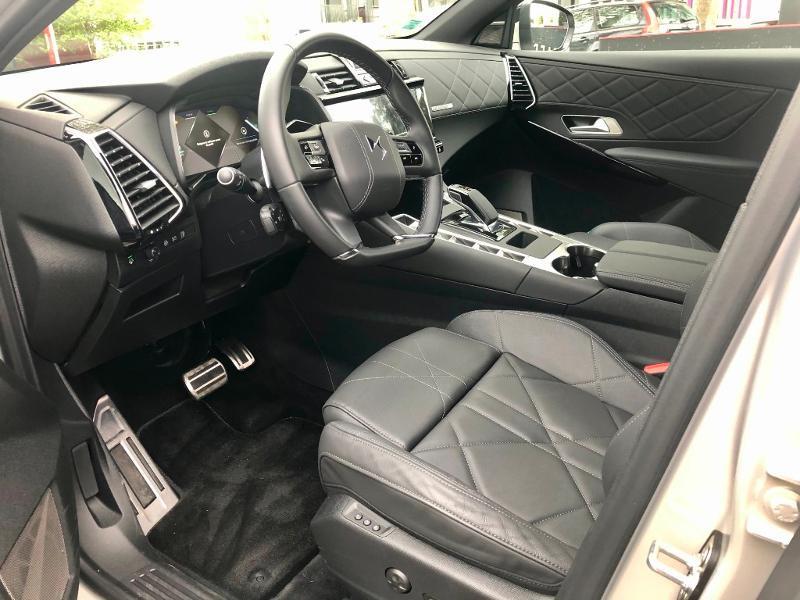 Photo 9 de l'offre de DS DS 7 Crossback E-TENSE 4x4 300ch Grand Chic à 63690€ chez Citroën SAVRA