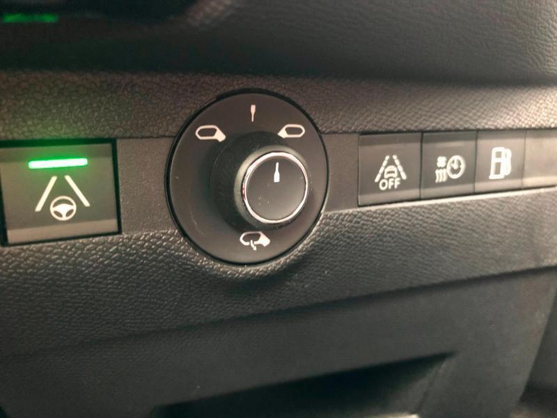 Photo 17 de l'offre de DS DS 7 Crossback E-TENSE 4x4 300ch Grand Chic à 63690€ chez Citroën SAVRA