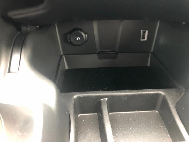 Photo 21 de l'offre de DS DS 7 Crossback E-TENSE 4x4 300ch Grand Chic à 63690€ chez Citroën SAVRA