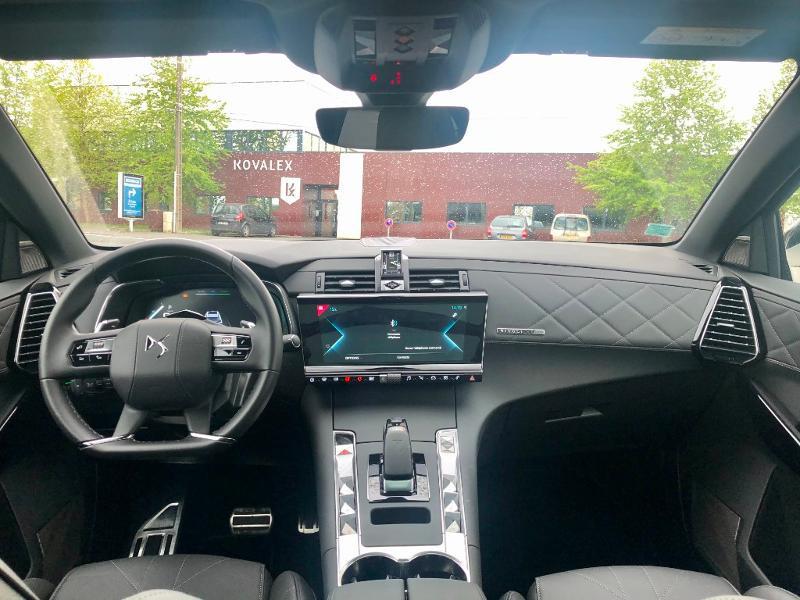 Photo 28 de l'offre de DS DS 7 Crossback E-TENSE 4x4 300ch Grand Chic à 63690€ chez Citroën SAVRA