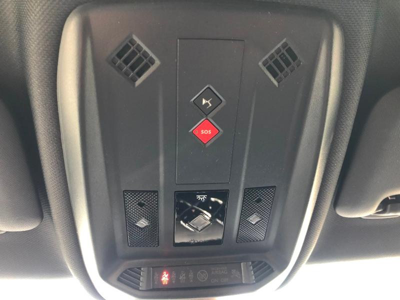 Photo 19 de l'offre de DS DS 3 Crossback PureTech 155ch Grand Chic Automatique 114g à 38990€ chez Citroën SAVRA