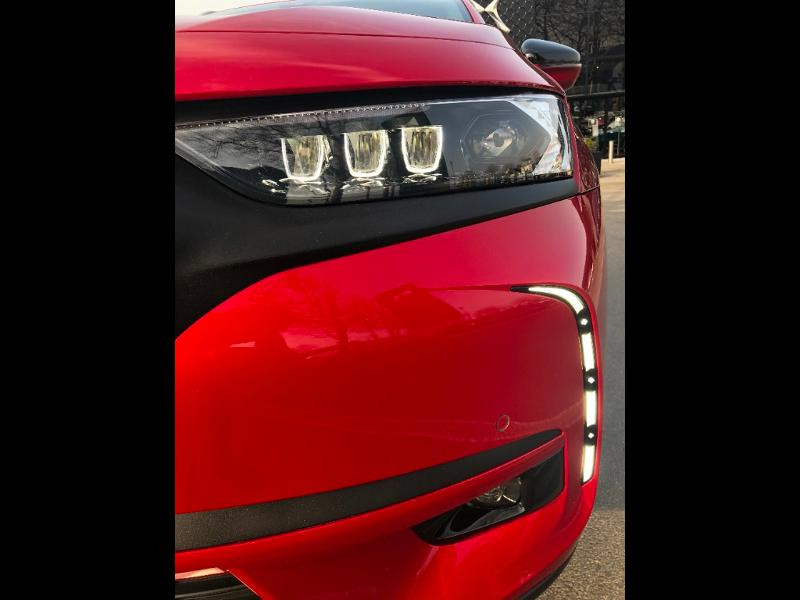 Photo 7 de l'offre de DS DS 7 Crossback PureTech 225ch Performance Line + Automatique à 35790€ chez Citroën SAVRA