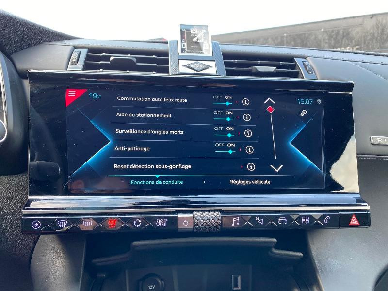 Photo 22 de l'offre de DS DS 7 Crossback E-TENSE 4x4 300ch Grand Chic à 49990€ chez Citroën SAVRA