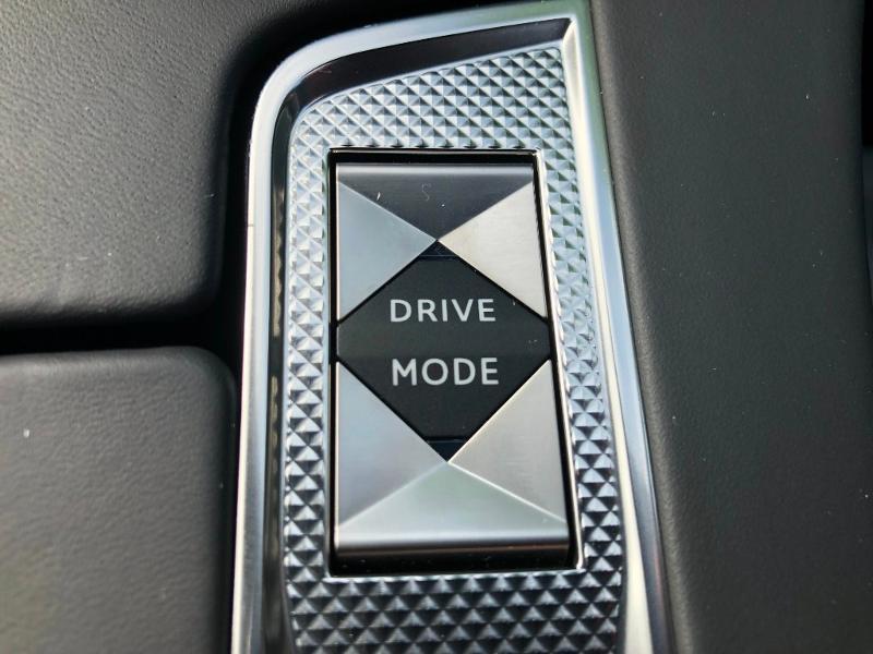 Photo 16 de l'offre de DS DS 7 Crossback BlueHDi 180ch Grand Chic Automatique à 44790€ chez Citroën SAVRA