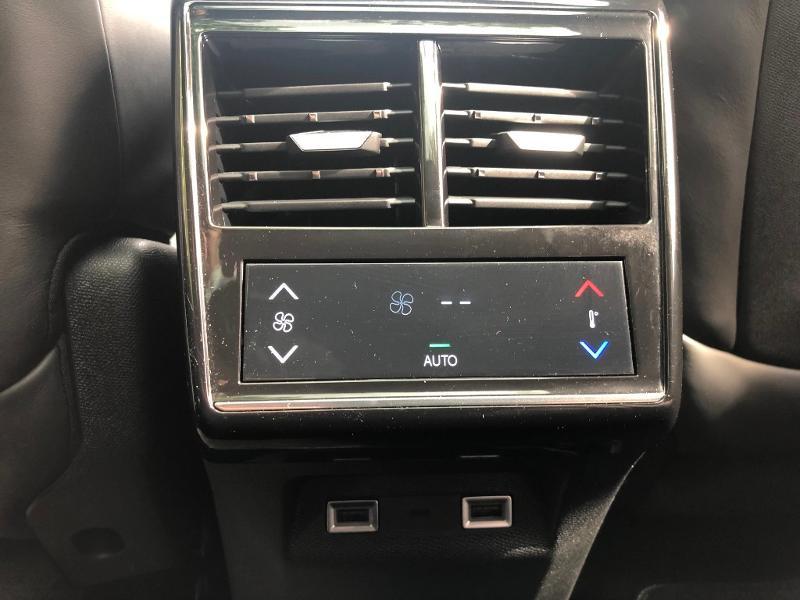 Photo 27 de l'offre de DS DS 7 Crossback BlueHDi 180ch Grand Chic Automatique à 44790€ chez Citroën SAVRA