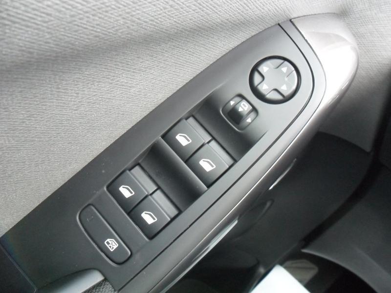 Photo 20 de l'offre de CITROEN Grand C4 SpaceTourer BlueHDi 160ch S&S Shine EAT8 E6.d à 31790€ chez Citroën SAVRA