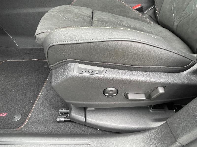 Photo 10 de l'offre de DS DS 7 Crossback E-TENSE 225ch Performance Line + à 49990€ chez Citroën SAVRA