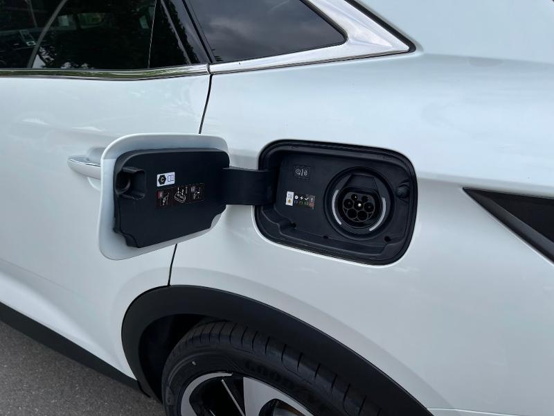 Photo 13 de l'offre de DS DS 7 Crossback E-TENSE 225ch Performance Line + à 49990€ chez Citroën SAVRA
