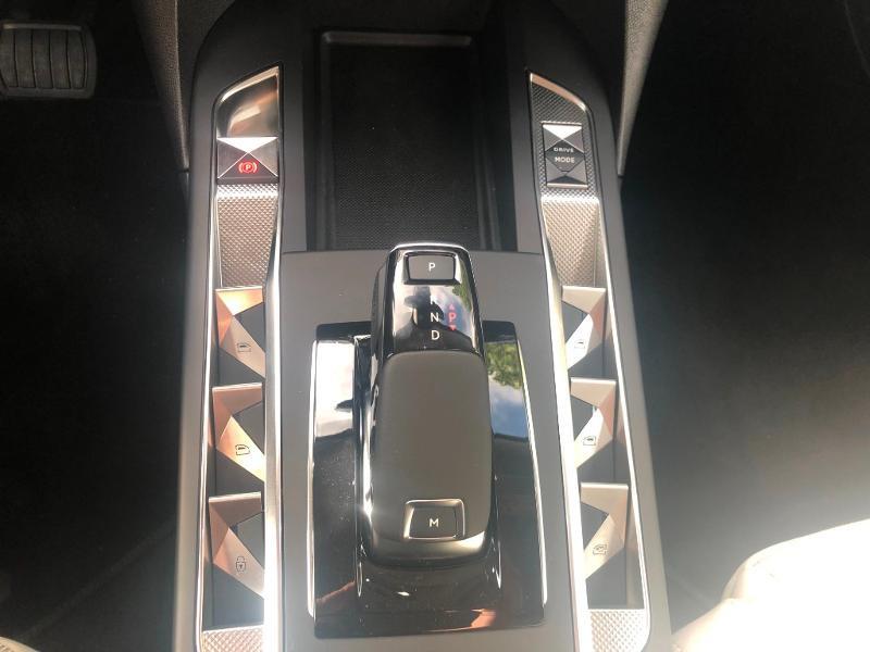 Photo 15 de l'offre de DS DS 3 Crossback PureTech 130ch Grand Chic Automatique 7cv à 33490€ chez Citroën SAVRA